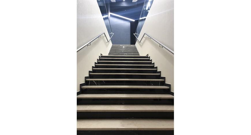 лестница из натурального камня картинки