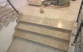 Лестницы из натурального камня купить в Москве