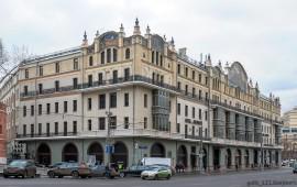 Фасад здания называют его архитектурной одеждой.